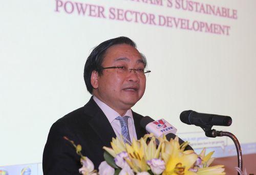 Phó Thủ tướng Hoàng Trung Hải phát biểu tại hội nghị Định hướng phát triển bền vững cho ngành điện- Ảnh: VGP/Nguyên Linh
