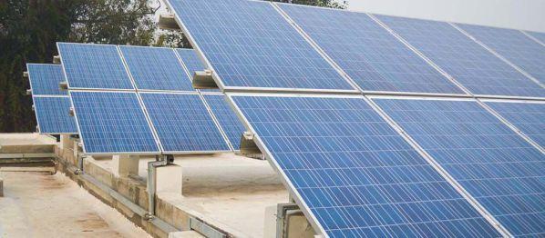 Cuộc chiến năng lượng mặt trời giữa Mỹ và châu Á
