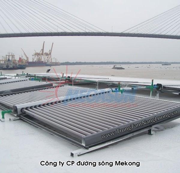 Hệ thống máy nước nóng NLMT tại Công ty CP Đường sông Mekông