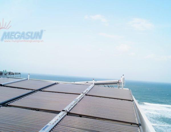 hệ thống máy nước nóng năng lượng mặt trời MEGASUN Khách sạn Dessol Sea Lion Beach Resort & Spa