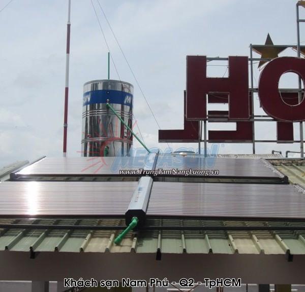 hệ thống máy nước nóng năng lượng mặt trời MEGASUN tại khách sạn Nam Phú Q2 -TPHCM