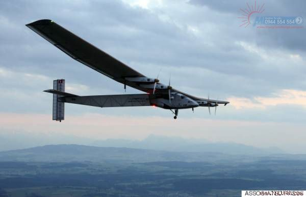 Solar Impulse Airplane - Propellers of Solar Impulse 2 - #Discover
