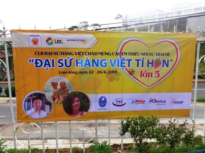 Trại hè Đại sứ hàng Việt tí hon 2015: Nối những vòng tay