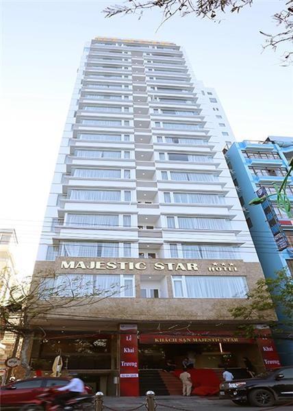 Hệ thống máy nước nóng năng lượng mặt trời MEGASUN tại Khách sạn Majestic – Nha Trang